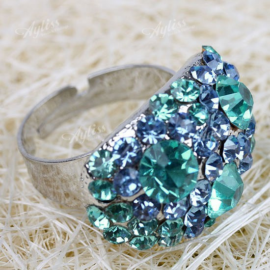 25x17mm Blue Crystal Rhinestone Cocktail Ring 1pc